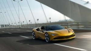 Ferrari SF90 Spider 4.0 V8 PHEV